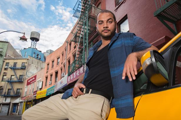 NYC-taxi-driver-pin-up-calendar (10)