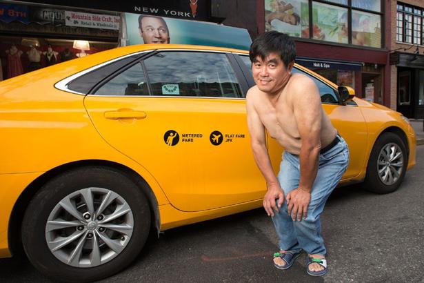 NYC-taxi-driver-pin-up-calendar (6)