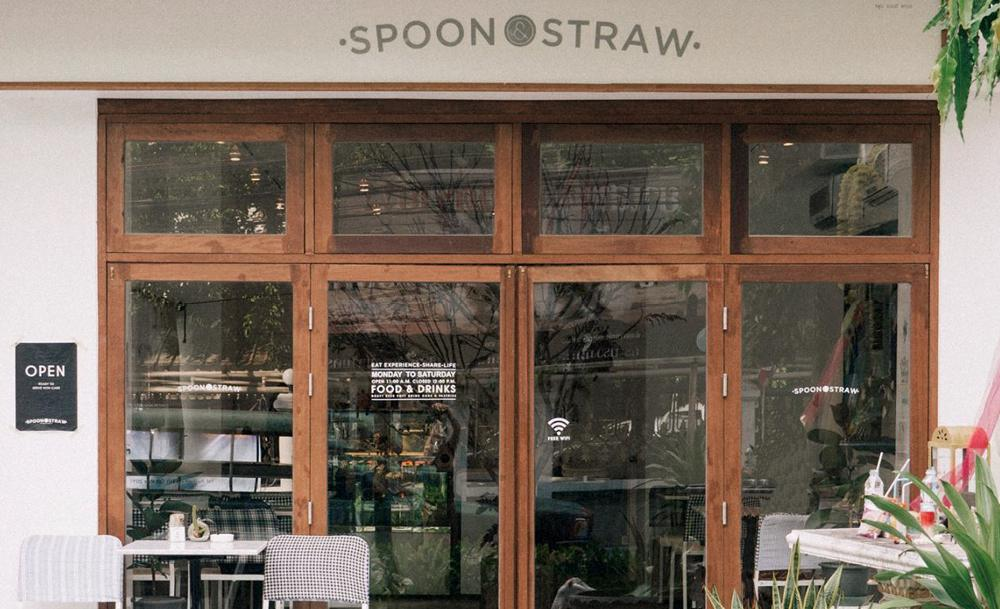 spoon_and_straw