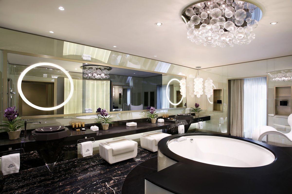 even-without-the-spa-there-are-plenty-of-places-to-relax-in-the-suite-like-this-master-bathroom-with-its-own-whirlpool-bath