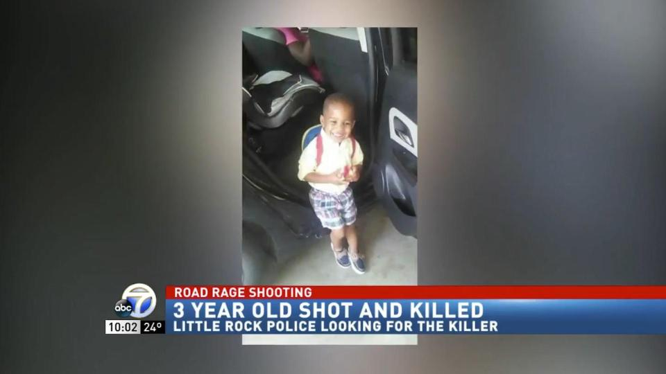 three-year-old-shot-dead-in-the-back-of-his-grandmothers-car-in-road-rage-attack-00_00_39_20-still011