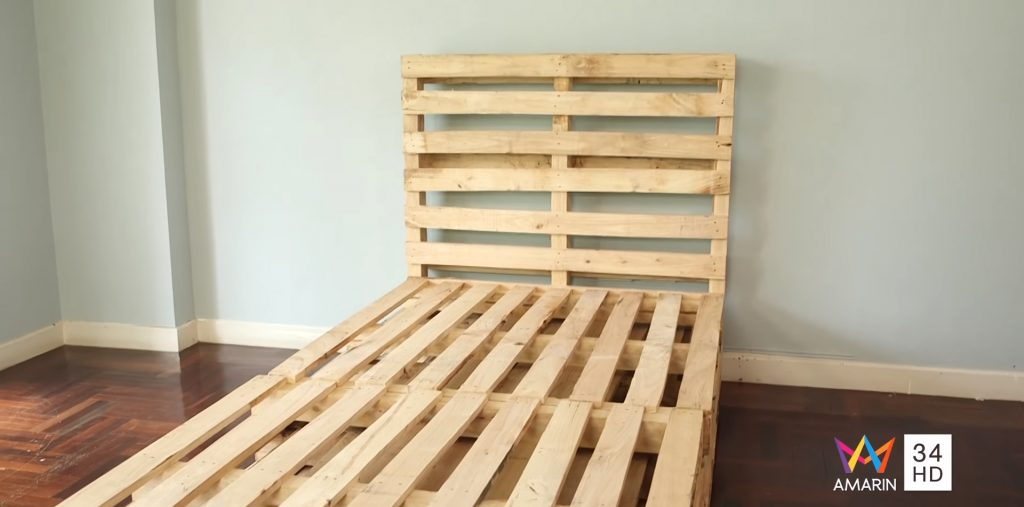 เตียงไม้พาเลท