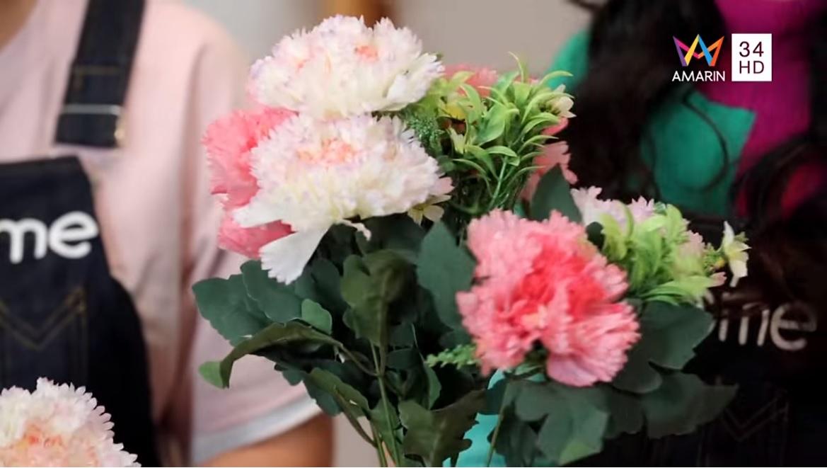 DIY ตัวอักษรดอกไม้ ของขวัญวาเลนไทน์ ที่คนรักต้องปลื้ม!