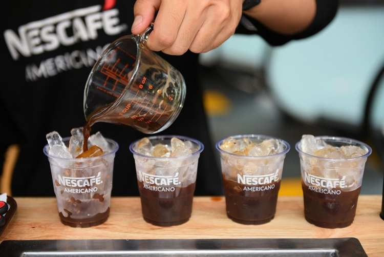 พี่หมื่นโป๊ป ชวนดับร้อน! กับ 'เนสกาแฟ อเมริกาโน่' เดอะนิวแบล็คแห่งวงการกาแฟ