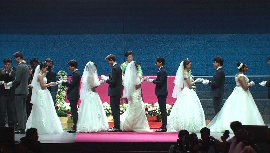 แต่งงานหมู่ ลัทธิมุน
